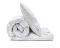 Schöne Bettwäsche mit bunten Landschaftsmotiven auf weiß aus zertifizierter Baumwolle