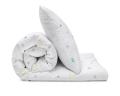 Schöne Kinderbettwäsche mit Mond und Sternen Grafik auf weiß aus zertifizierter Baumwolle