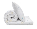 Schöne Bettwäsche mit Mond und Sternen Grafik auf weiß aus zertifizierter Baumwolle