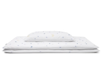 Hochwertige Bettwäsche mit Mond und Sternen Grafik auf weiß günstig online kaufen