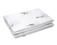 Florale Kinderbettwäsche Blumen mit weißen Lilien auf weiß aus Baumwolle hochwertig