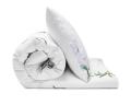 Schöne Bettwäsche Blumen mit weißen Lilien auf weiß aus zertifizierter Baumwolle