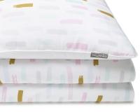 Bedruckte Baumwoll-Kinderbettwäsche mit Pinselstrichen in Pastellfarben und Altgold auf weiß