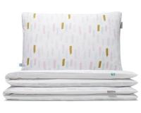 Moderne Bettwäsche mit Pinselstrichen in Pastellfarben und Altgold auf weiß aus hochwertiger Baumwolle