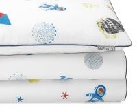 Bedruckte Baumwoll-Kinderbettwäsche Weltall mit Astronauten und Raketen auf weiß