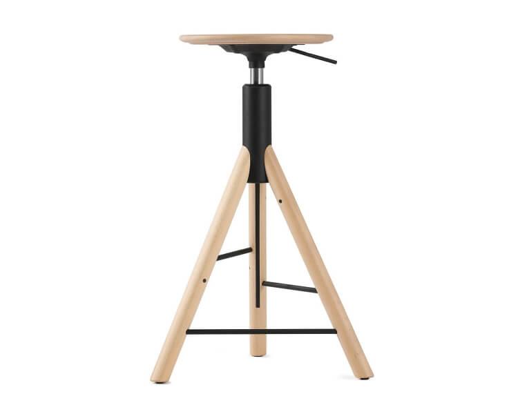 Drehbarer Barhocker aus Holz Iker MannequinBar 01