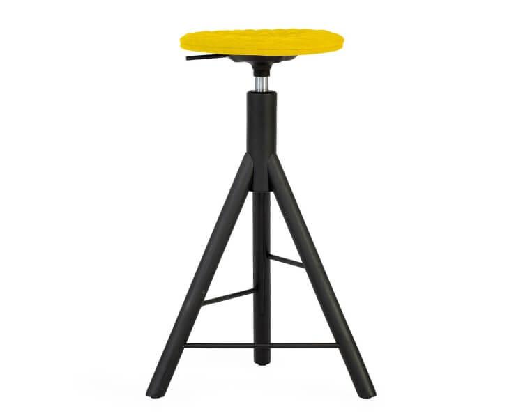 Mannequin Bar 01 schwarzer Dreh-Barhocker Gelb 001, höhenverstellbar auf Holz Füßen