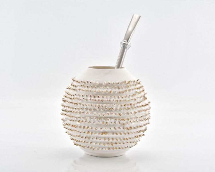 Kalebasse Mate Tee Becher Spiky mit echtem Gold bemalt