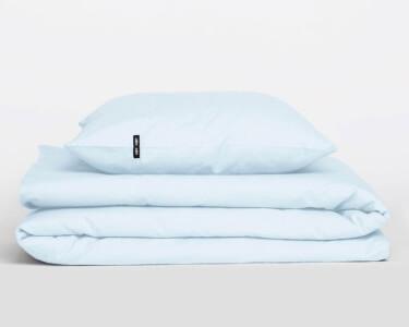 Hochwertige Perkal Bettwäsche PURE aus hellblauer Baumwolle