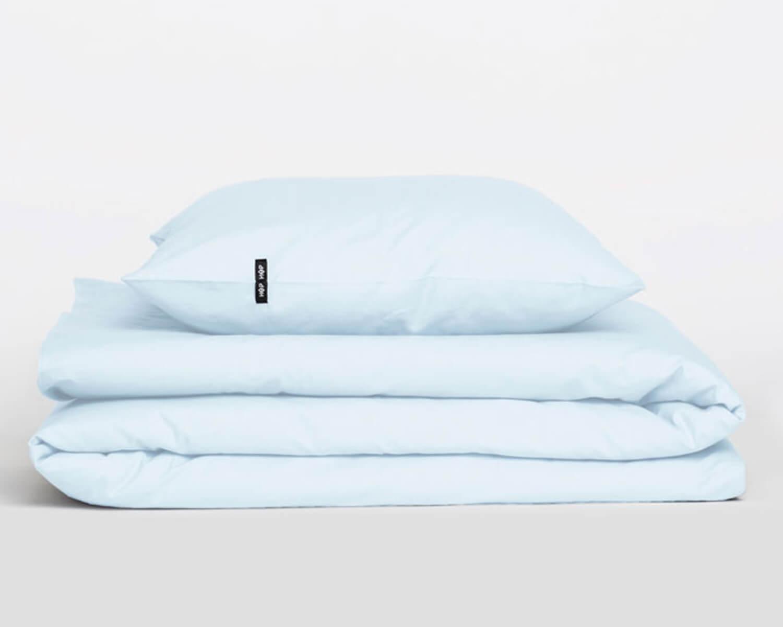 bettw sche hellblau pure aus nat rlicher perkal baumwolle. Black Bedroom Furniture Sets. Home Design Ideas
