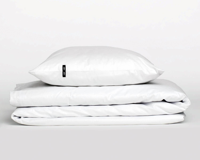 bettw sche wei pure aus nat rlicher perkal baumwolle. Black Bedroom Furniture Sets. Home Design Ideas