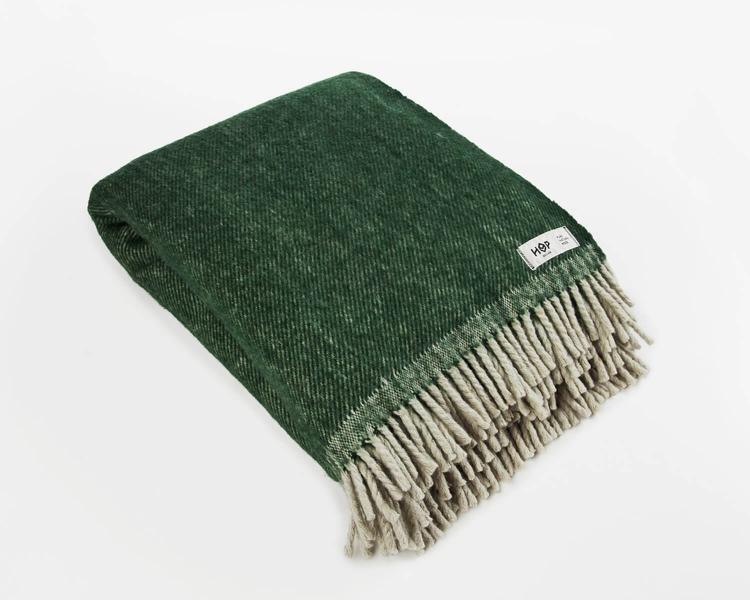 Wolldecke grün RuRu aus neuseeländischer Schurwolle