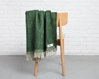 Wolldecke grün RuRu aus neuseeländischer Schurwolle und eleganten Fransen