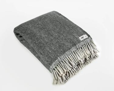 Wolldecke grau RuRu aus neuseeländischer Schurwolle und eleganten Fransen