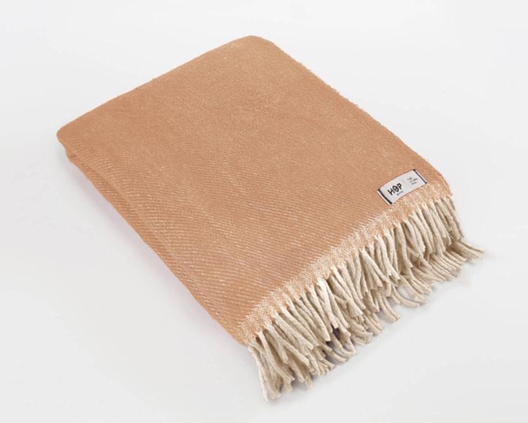 Wolldecke beige RuRu aus neuseeländischer Schurwolle und eleganten Fransen