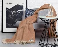 Beige Wolldecke RuRu aus neuseeländischer Schurwolle