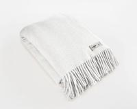 Wolldecke weiß Uni Yeti aus neuseeländischer Schurwolle mit eleganten Fransen