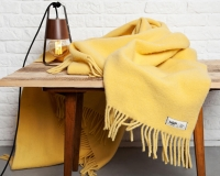 Schurwolldecke in Uni gelb Yeti aus neuseeländischer Schur
