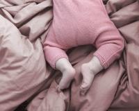 Baby Bettwäsche 90x120 cm in moderner Unifarbe altrosa