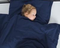 Warme Kinderbettwäsche aus 100% Baumwolle in dunkelblau