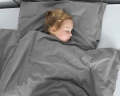 Warme Kinderbettwäsche aus 100% Baumwolle in dunkelgrau