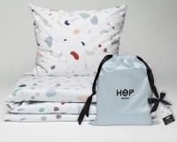 Kinderbettwäsche Terrazzo von HOP Design aus Baumwollsatin im Stoffbeutel