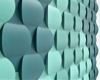 Effektive Akustikwand aus 3D Wandpaneelen Flow fluffo