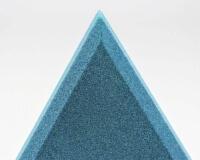 Weiches 3D Wandpaneel Triada edge aus Akustikschaumstoff mit schrägen Kanten