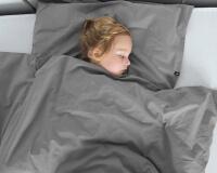 Perkal Kinderbettwäsche in dunkelgrau von HOP Design