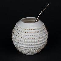 Kina Ceramics Yerba Mate Tee Becher Spiky auf edlem Porzellan und echtem Gold mit Bombilla Strohhalm