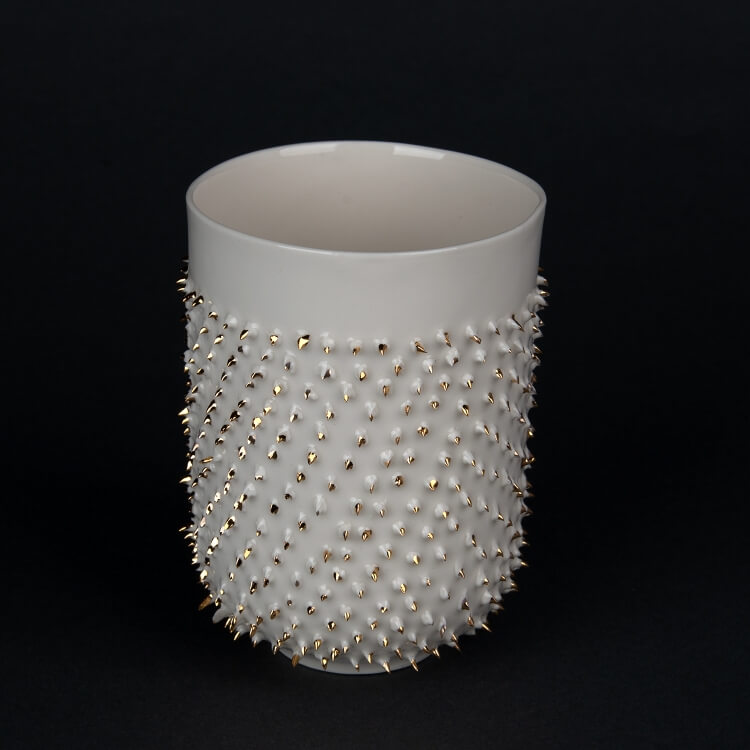 Kina Ceramics Porzellanbecher Spiky Gold