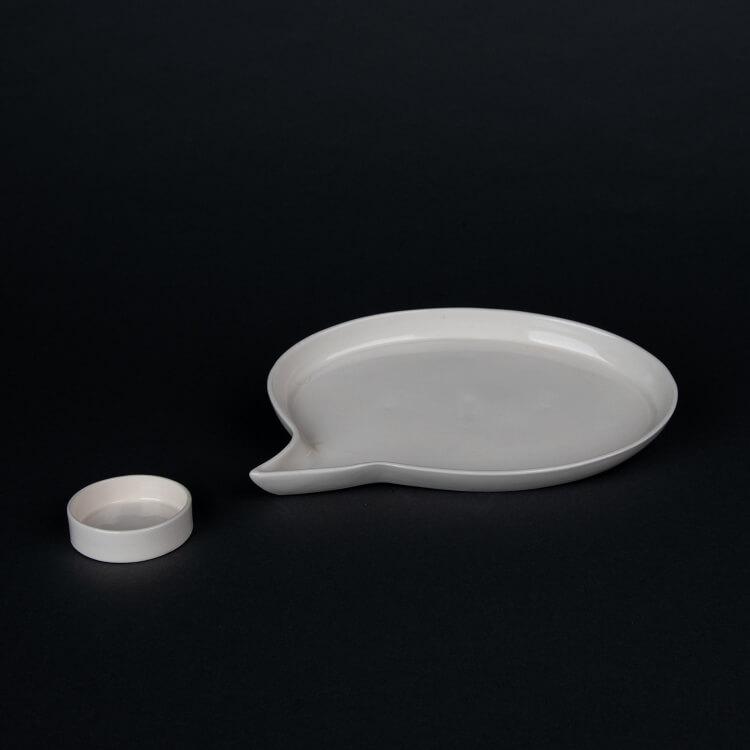 Kina Ceramics Servierplatte Speech Bubble aus weißem Porzellan Sprechblase