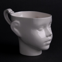 Ende Ceramics Doll Kaffeebecher aus Porzellan als Puppenkopf