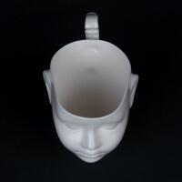 Porzellanbecher Puppenkopf Doll von Ende Ceramics