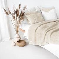moyha Take a Rest Grobstrick Decke beige