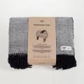 HOP Design RuRu Wolldecke schwarz weiß