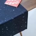 Sternen Optik Tischläufer von Foonka