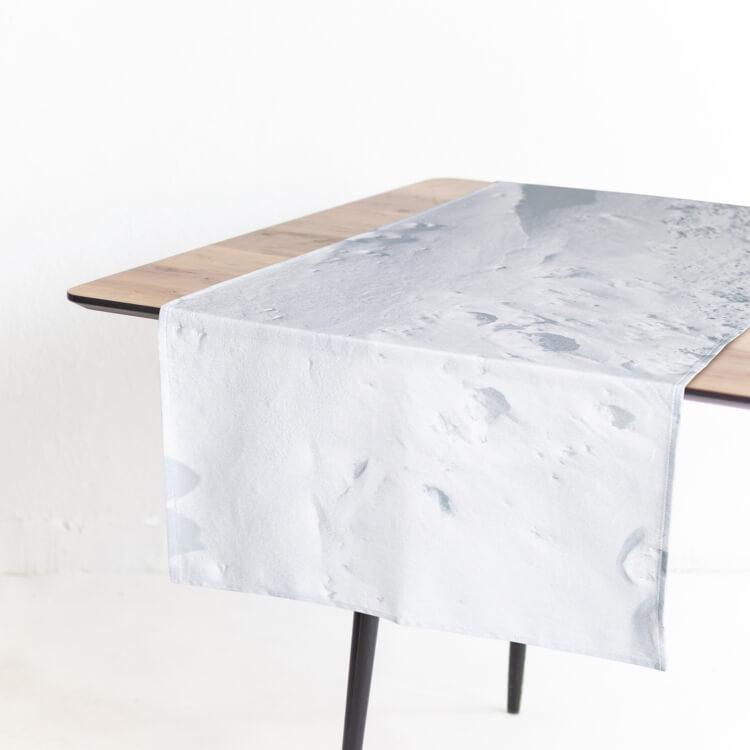 Foonka Schnee Tischläufer