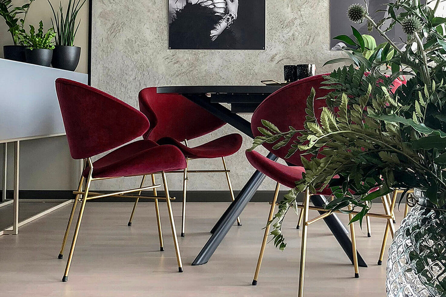 Eleganter Esszimmerstuhl Cheri Gold von Iker
